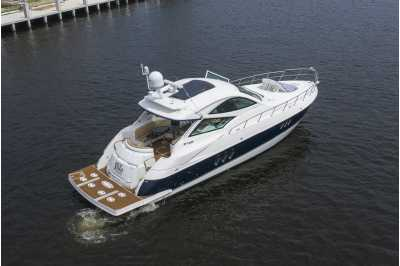 View 2013 Cruisers Yachts 540 Sport - Listing #307364