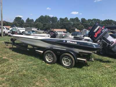 View 2000 Triton TR20 - Listing #311457