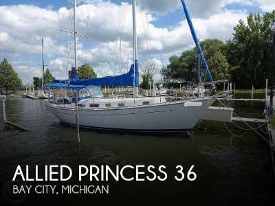 View 1977 Allied Princess 36 - Listing #220947