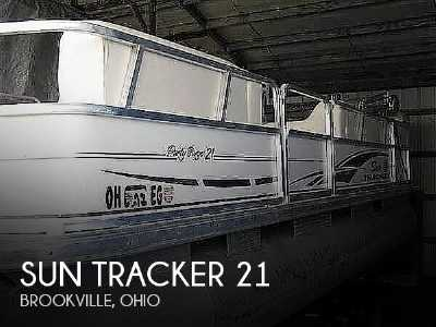View 2005 Sun Tracker Party Barge 21 - Listing #310251