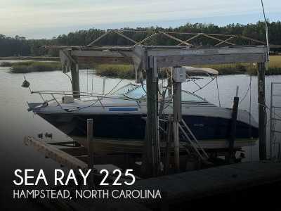 View 2001 Sea Ray 225 Weekender - Listing #48601