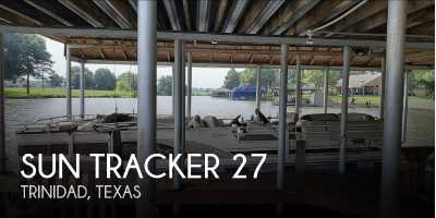 View 2001 Sun Tracker 27 Party Barge - Listing #50340