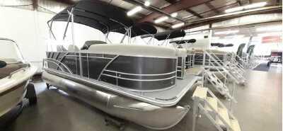 View 2022 Sylvan 820 CRUISE 70HP - Listing #310728