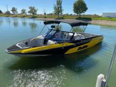 View 2020 Malibu Boats ResponseTXI MO - Listing #310816