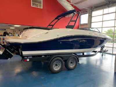 View 2022 Sea Ray In Stock Now SPX 230 - Listing #308457