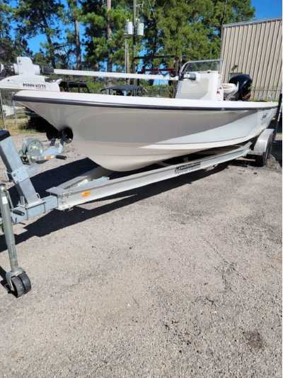 View 2018 Blue Wave Boats 2400 Purebay - Listing #311448