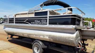 View 2017 Sun Tracker FISHIN' BARGE 20 DLX - Listing #310329