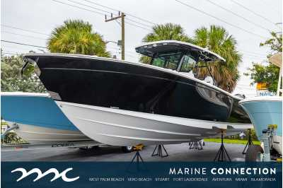 View 2022 Blackfin 332CC - Listing #310021