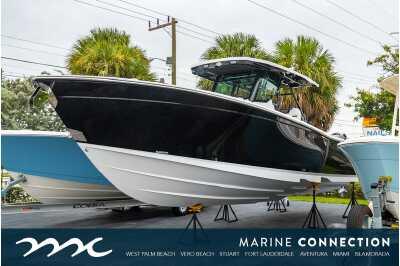 View 2022 Blackfin 332CC - Listing #310019