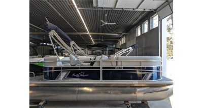 View 2022 SUNCHASER 18LR 40HP - Listing #300003