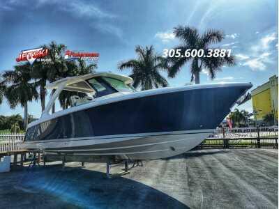 View 2022 Tiara Yachts 34 LS - Listing #311258