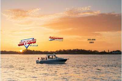 View 2022 Boston Whaler 325 Conquest - Listing #294128