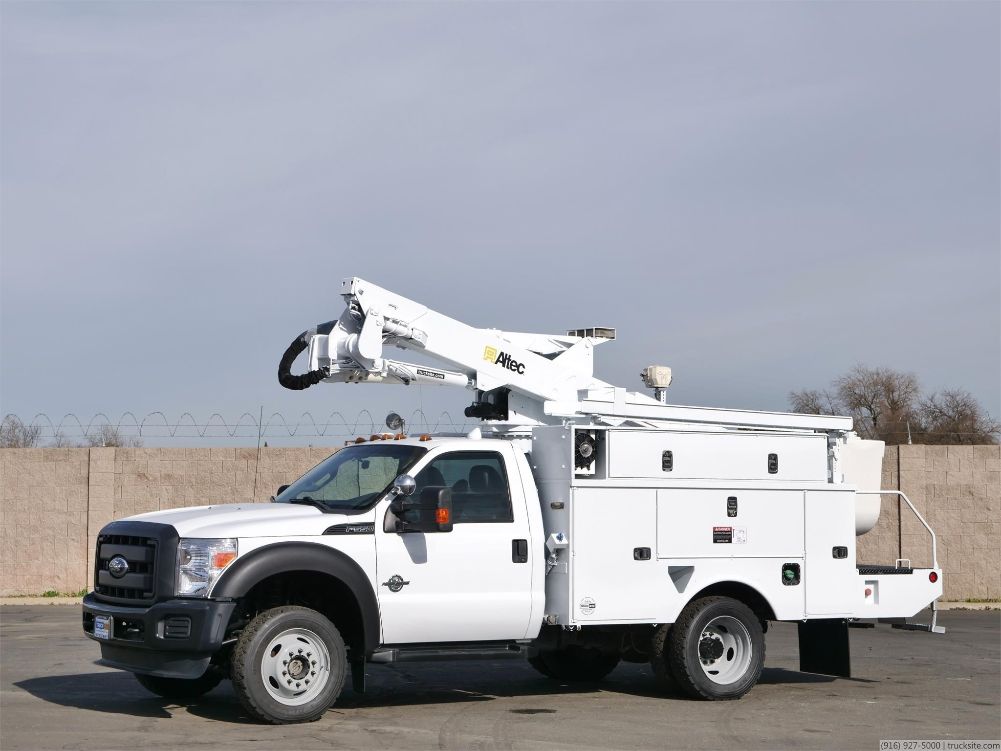 View 2011 ALTEC AT37G - Listing #1611685