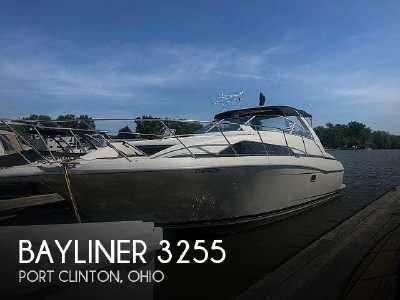 View 1997 Bayliner 3255 Avanti - Listing #318746