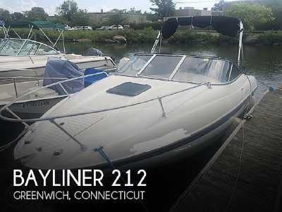 View 2004 Bayliner 212 - Listing #307548