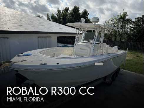 View 2015 Robalo R300 CC - Listing #316605