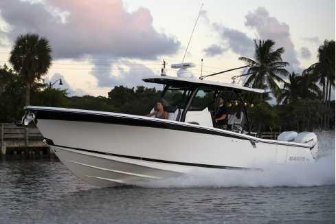View 2021 Blackfin 332CC - Listing #320469